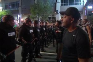 0922-charlotte-protesters