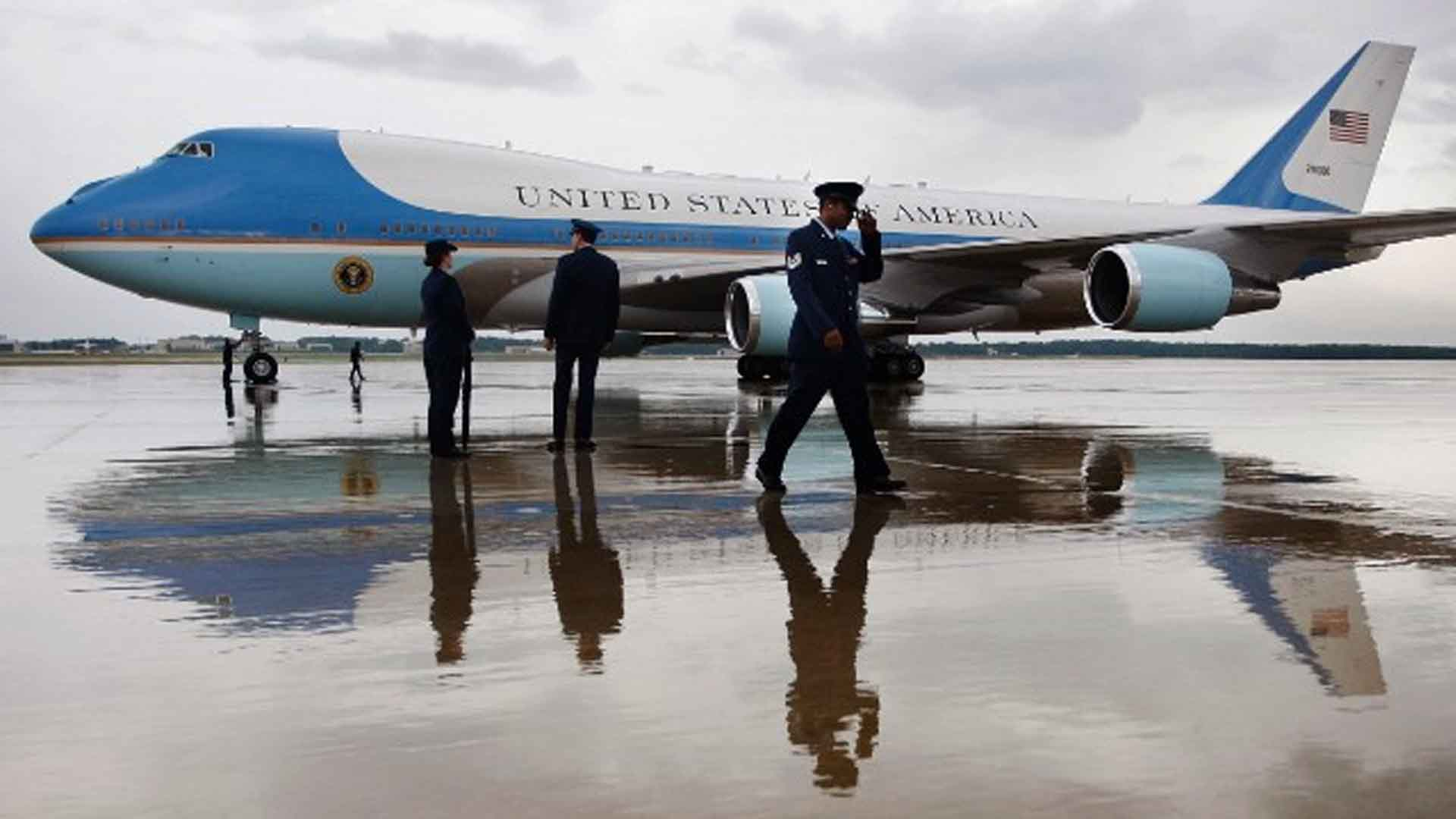 Trump wants to cancel Air Force One order from Boeing