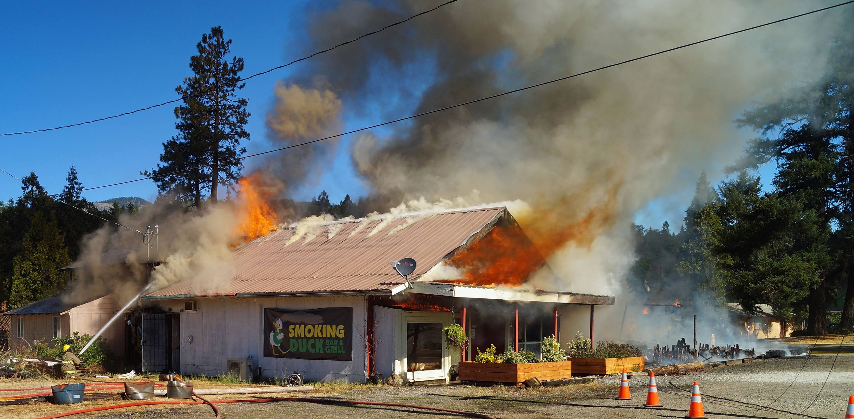 A Restaurant And Two Apartments Caught Fire In The Town Of Selma Oregon