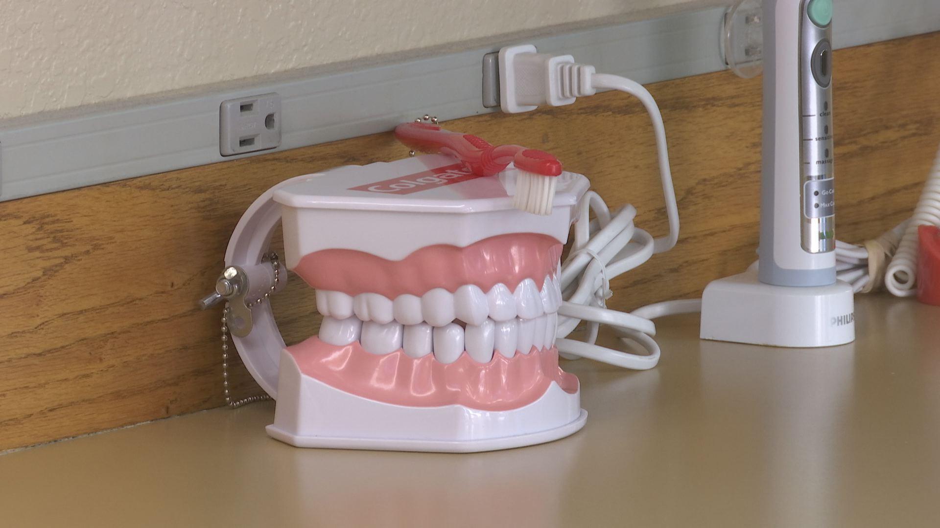 Dentist Offices Offer Free Dental Care For Vets This Thursday Kobi Tv Nbc5 Koti Tv Nbc2