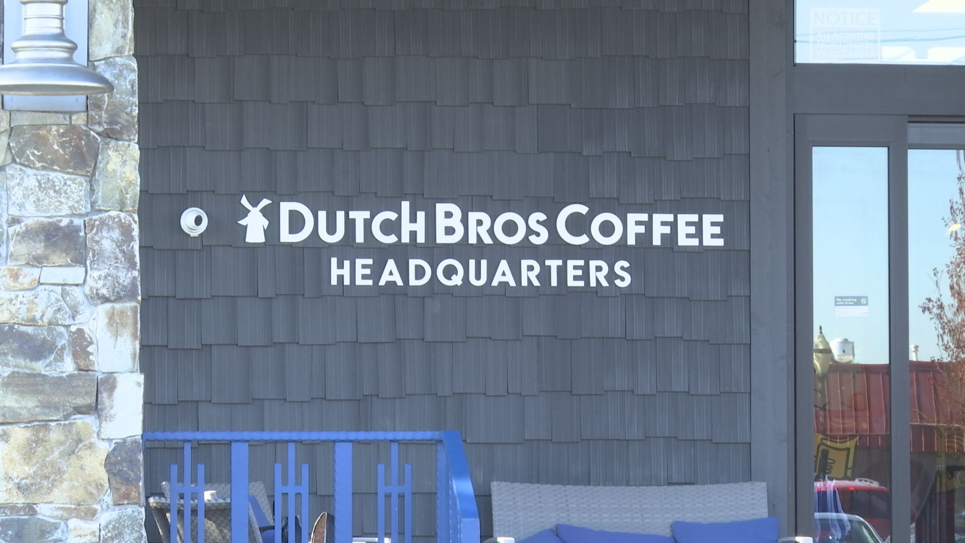 Dutch Bros employees forced to evacuate in Paradise - KOBI ... on baskin-robbins location map, dunkin' donuts location map, carl's jr. location map, burger king location map, krispy kreme location map, baja fresh location map, cold stone creamery location map, el pollo loco location map, dairy queen location map, outback steakhouse location map, wendy's location map, jack in the box location map, del taco location map,
