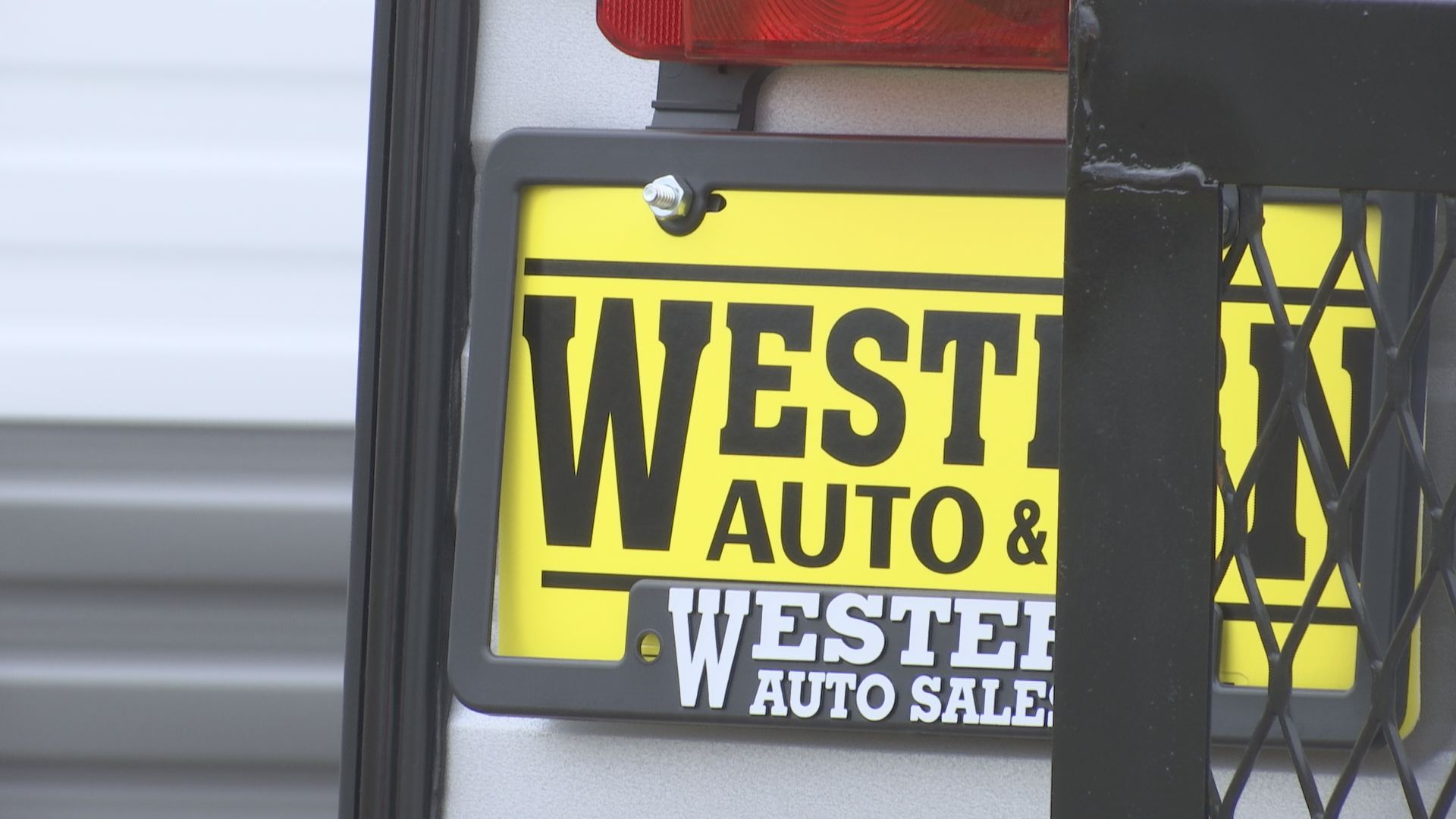 Western Auto Closes Suddenly Customers Left With