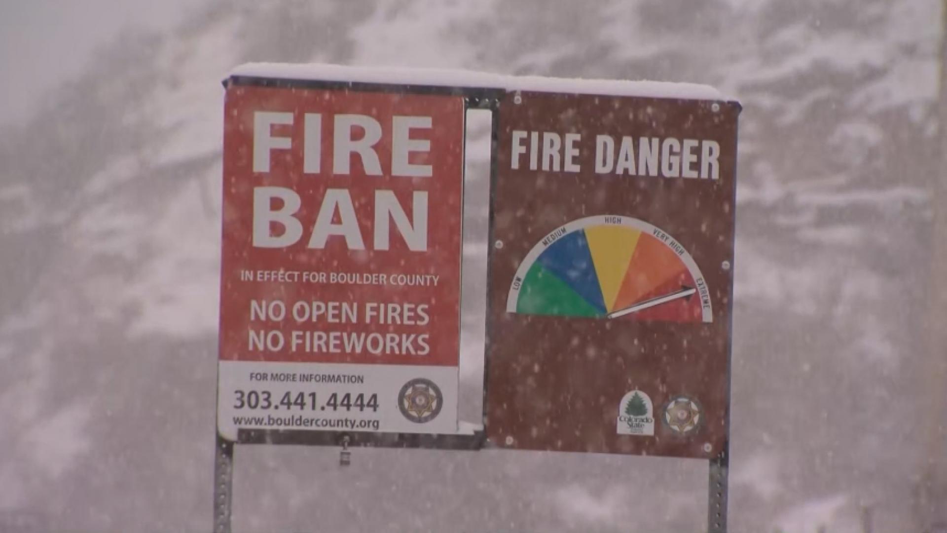 Snow 'eases' Colorado wildfire battle